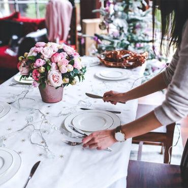 Den Tisch richtig decken