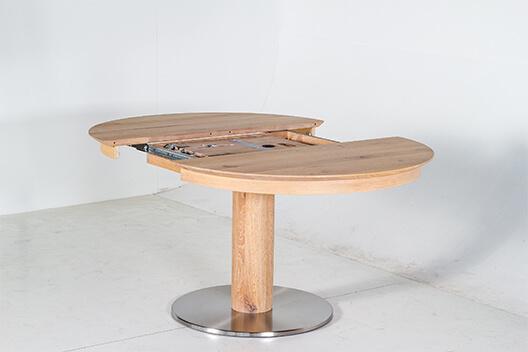 Esstisch Kronos aus Massivholz auseinander gezogen
