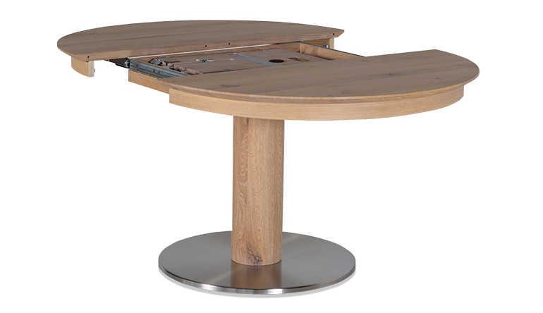 Esstisch mit Synchronauszug und geschlossener Klappeinlage