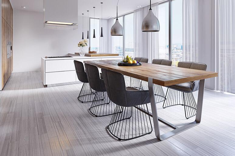 Trendiger offener Wohnraum mit Esszimmer und Küche