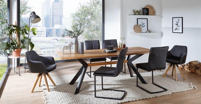 Esstisch Torvik mit einem Stuhlmix - COMNATA Esstisch