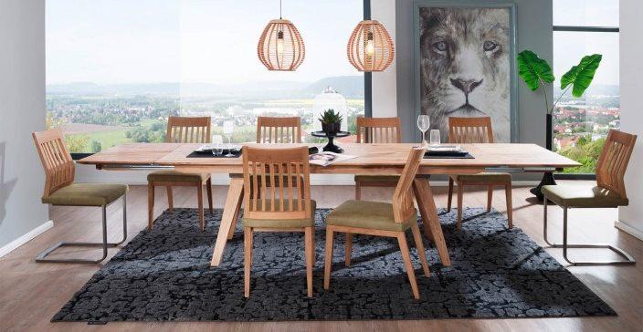 Ausziehbarer Esstisch für das Wohnzimmer