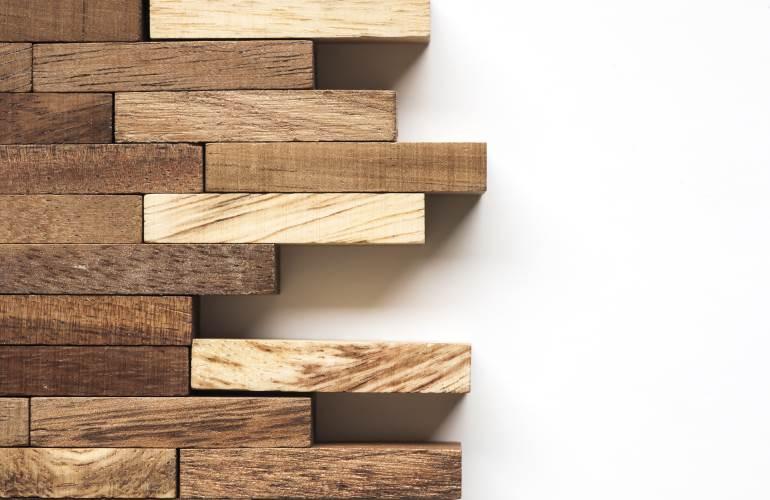 Quellen und Schwinden von Holz   COMNATA informiert