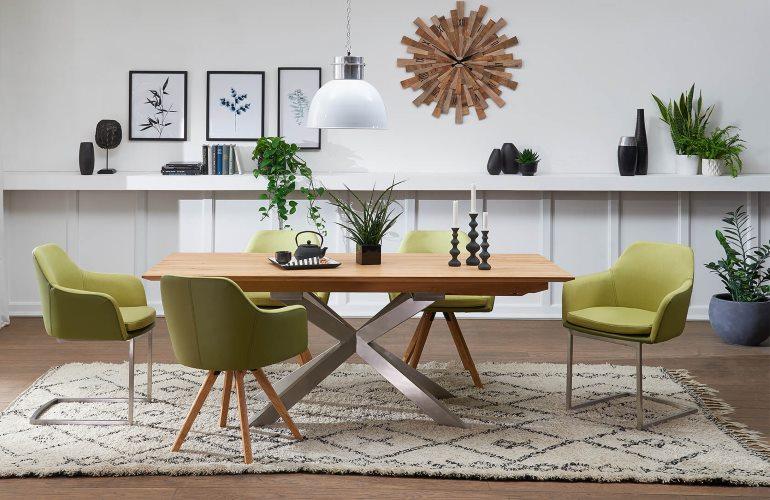 Passende Stühle für das Esszimmer | COMNATA Esstisch